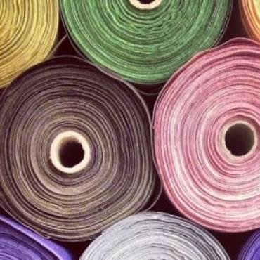 Farbgenaue Stoffeinfärbung
