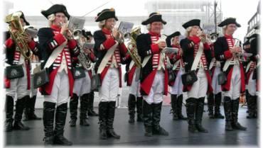 Historische Uniformen nach Maß